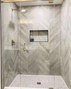 Chevron Bathroom, Grey Bathroom Tiles, Bathroom Tile Designs, Bathroom Interior Design, Bathroom Wall, Modern Bathroom, Chevron Walls, Chevron Tile, Wall Tiles