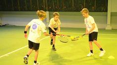 Tennis Games, Tennis Tips, Lawn Tennis, Pe Games, Tennis Ball Crafts, Tennis Lessons For Kids, Tennis Scores, Pe Lessons, Tennis Photos