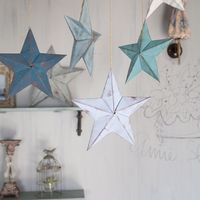 この画像は「100均折り紙で作る!立体的な星「バーンスター」を部屋に飾ると超おしゃれ!」のまとめの23枚目の画像です