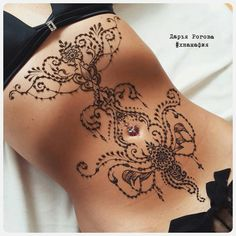 39 Henna Tattoo Designs: Beautify Your Skin With The Real Art Sexy Stomach Tattoos, Tummy Tattoo, Scar Tattoo, Cover Tattoo, Abdomen Tattoo, Henna Tattoo Designs, Lace Tattoo Design, Henna Body Art, Body Art Tattoos