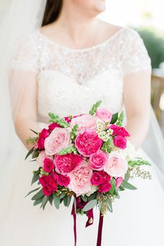 25 swoon-worthy wedding bouquets with roses - Parfum Flower Company Hot Pink Bouquet, Hot Pink Weddings, Blush Weddings, Wedding Dress Topper, Parfum Flower, Wedding Bouquets, Wedding Dresses, Wedding Flowers, Blush Bridesmaid Dresses