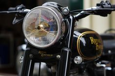 It is a used car of Royal Enfield and Iron º ロイヤルエンフィールド、アイアン350の中古車です。… It is a used car of Royal Enfield and Iron Popular Black / Gold Line This is a low-speed car with a running distance of less than - Royal Enfield Stickers, Yamaha Rx 135, Classic 350 Royal Enfield, Old Bullet, Royal Enfield Wallpapers, Bullet Bike Royal Enfield, Standard Wallpaper, Motorcycle Posters, Old Motorcycles