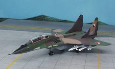 Witty Wings 1:72 MIG 29 Diecast Model Airplane WTW-72-018-006 MIG 29 UB Fulcrum Diecast Model Airplane. It is made by Witty Wings and is 1:72 scale (approx. 16cm / 6.3in wingspan). #WittyWings #ModelAircraft #MIG