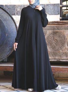 SHUKR's long dresses and abayas are the ultimate in Islamic fashion. Halal standards, ethically-made, international shipping, and easy returns. Moslem Fashion, Niqab Fashion, Habits Musulmans, Jersey Maxi, Hijab Style Dress, Abaya Style, Mode Abaya, Modele Hijab, Abaya Designs