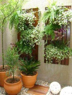 Beautiful Minimalist Vertical Garden For Your Home Backyard goodsgn com 47 Pergola Patio, Backyard Landscaping, Pergola Ideas, Pergola Kits, Flagstone Patio, Patio Roof, Landscaping Ideas, Small Gardens, Outdoor Gardens