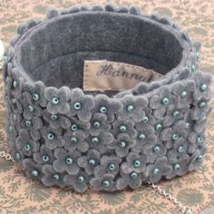 Felt Flower Cuff Narrow - Celadon