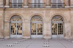 Colonnes de Buren, Paris