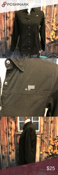"""Harley-Davidson Button Down Shirt • Harley-Davidson Black Button Down Longsleeve Shirt  • Silver snap buttons with the Harley logo  • Embroidered logo patch on the front and wing patch on the back  • Adjustable snap button cuffs  • Perfect condition  • Measurements taken laid flat: 19"""" chest. 25"""" long shoulder to hem. 23"""" long sleeves. Harley-Davidson Tops Button Down Shirts"""