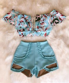 The current fashion combos. The style that women like most. What's your style? Summer Fashion Outfits, Cute Summer Outfits, Classy Outfits, Outfits For Teens, Love Fashion, Girl Outfits, Casual Outfits, Cute Outfits, Fashion Looks