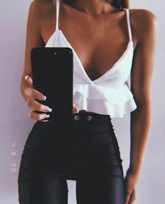 Outfit along my black leather pants Miladies net is part of Edgy fashion Dresses Heels - Outfit along my black leather pants Miladies net Mode Outfits, Night Outfits, Trendy Outfits, Night Out Outfit, Ladies Outfits, Summer Outfit, Ladies Pants, Bar Outfits, Club Outfits