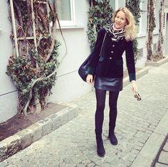 Con un toque austriaco en mi estilismo de hoy!!!Como me gustan estas chaquetas típicas de aquí #vienna #marialeonstyle #moda