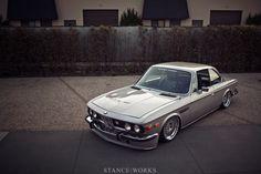 BMW E9 Slammed