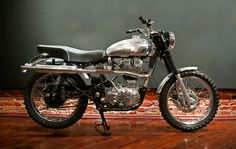 Motorcycles | Hammarhead Industries Woodsman EFI based on a Royal Enfield Bullet G5. 500cc Thumper!