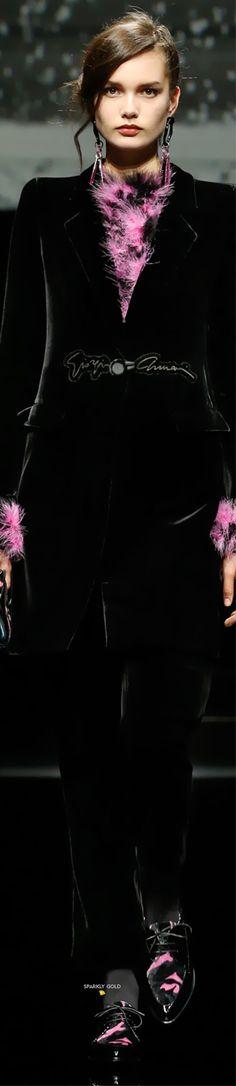 Fashion 2020, Fashion Show, Fashion Design, Fashion Brands, Giorgio Armani, Emporio Armani, Armani Clothing, Armani Collection, Military Style Jackets