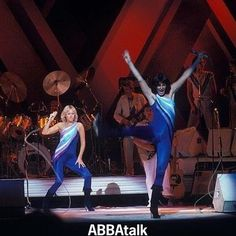 Giving it all they've got! #Agnetha and #Frida on stage in New York - thanks to ABBAtalker Evelyn! #ABBA