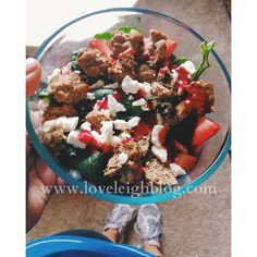 4 Quick Fix Approved Lunches   Turkey meatball & Spinach salad with Feta and Strawberries - just throw everything a bowl and toss with either one of the Fix dressings (I like the Dijon vinaigrette) or squeeze a bit of lemon juice to save you a container.  I make my meatballs with a bit of herbs, then I bake them in the oven.  Super simple and Fix approved! This equals a red, green, blue, and purple.  Orange is optional i(dressing)