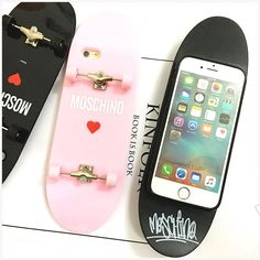 9 Coque iPhone Moschino silicone insolite forme d'une skate-board ...