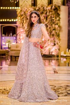 Summer Wedding Outfits, Indian Wedding Outfits, Bridal Outfits, Indian Outfits, Bridal Dresses, Indian Clothes, Designer Bridal Lehenga, Wedding Lehenga Designs, Indian Bridal Lehenga