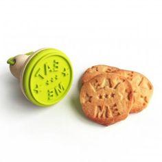 #design3000 Selbstgebackene Plätzchen sind doch die Besten! – Jetzt gibt es bei uns den Cookie Stamper Eat Me.