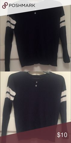 forever 21 knit sweater navy blue striped sleeves new could also fit a small Forever 21 Sweaters