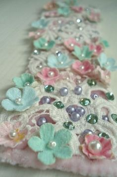Trim with little flowers & pearls