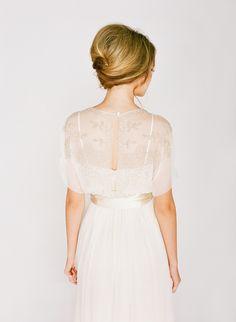 French Twist | Wedding Hair | Bridal Musings Wedding Blog