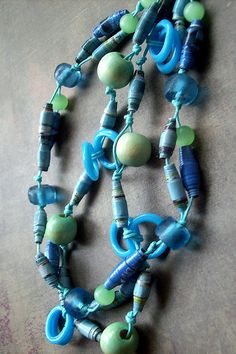 ocean blue paper bead necklace