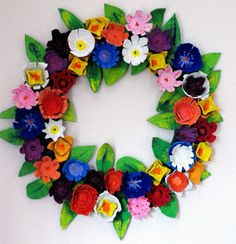 Hello Springtime! Bold and Beautiful Spring Wreath from Egg Cartons.