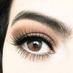 En sevdiğim, en sevdiğin, en sevdiği ton değil mi  #makeup #eyeshadow #blogger #palette #eyeshadowpalette #picoftheday #makyaj #instaphoto #turkbloggerlartakiplesiyor #makyajblogu #makeupblogger #watsons #gratis #rossmann #makyajgunlugu #makeupaddict #makeupoftheday #eyeshadows #eyeshadowpalette #falselashes
