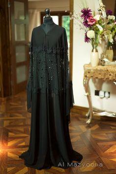 Al Mazyoona Black Embroidered Party Wedding Bisht by Almazyoona Abaya Fashion, Muslim Fashion, Modest Fashion, Fashion Dresses, New Abaya Style, Abaya Designs Dubai, Burqa Designs, Modern Abaya, Black Abaya