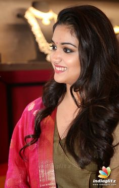 Keerthy Suresh South Indian Actress Hot, South Actress, Most Beautiful Indian Actress, Beautiful Actresses, Oily Face, Girl G, Indian Goddess, Indian Gowns Dresses, Tamil Actress Photos