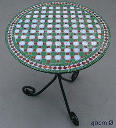 Arte com mosaicos personalizados para casa e jardim