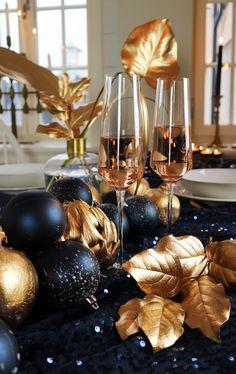 Bordsdekorationer till nyårsfesten – invig 2017 med guld och glitter