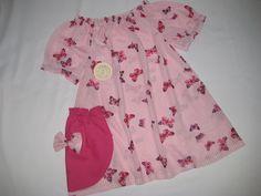 Hier habe ich eine zauberhafte Mädchen Bluse.   Die Bluse ist aus gestreiftem Strick-Jersey, mit süßen Schmetterlingen , seitlich hat die Bluse e...