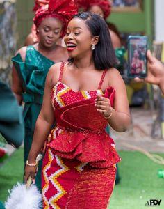 Short African Dresses, Latest African Fashion Dresses, African Print Fashion, Nigerian Traditional Dresses, African Traditional Wedding Dress, African Wedding Attire, African Attire, African Print Dress Designs, Kente Styles