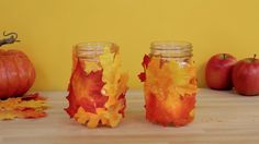 Fall Leaf Mason Jar: Get in the spirit of Fall by creating your very own Fall leaf mason jars.