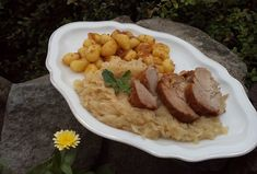 Fish And Chips, Gnocchi, Risotto, Mashed Potatoes, Meat, Chicken, Ethnic Recipes, Food, Whipped Potatoes