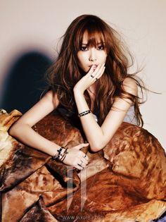 고혹적인 눈빛의 소녀시대 제시카 - W Korea http://www.wkorea.com/content/view_01.asp?menu_id=06030000&c_idx=010106010000151