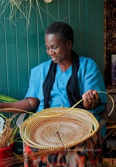 Watching a sweetgrass basket being made in Charleston, South Carolina  ~ Nearly 400 years ago, lowcountry slaves brought (from West Africa) their craft of weaving baskets from a local grass. The sweetgrass basket has become a widely respected and distinctive art form.