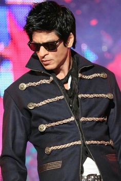 THE KING THE ONLY ONE.... KING KHAN OF INDIA