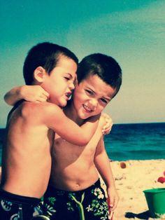 Dolan Twins!! SO CUTE! Ethan and Grayson Dolan