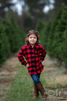 Images of previous client outfit selection that would look great on the Christmas Tree Farm Farm Clothes, Christmas Tree Farm, Color Inspiration, Looks Great, Maternity, Couple Photos, Photography, Outfits, Couple Shots