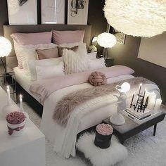 30 Teen Girl Bedroom Decor Ideas Home Bedroom Decor White Bedroom Decor, Room Ideas Bedroom, Home Decor Bedroom, Living Room Decor, Master Bedroom, Bedroom Designs, Budget Bedroom, Gray Bedroom, Bedroom Bed