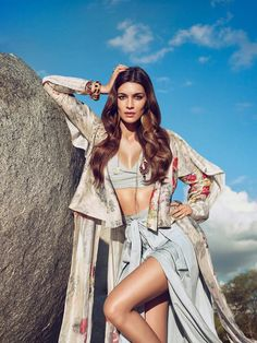 Vogue India's April 2017 safari-themed cover story featuring Kriti Sanon and photographed in South Africa by Luis Monterio. Bollywood Bikini, Bollywood Girls, Bollywood Actress Hot, Beautiful Bollywood Actress, Beautiful Indian Actress, Bollywood Fashion, Bollywood Saree, Bollywood News, Indian Celebrities