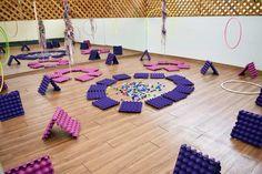 Infant Activities, Kindergarten Activities, Baby Sensory, Baby Learning, Reggio Emilia, Ideas Para, Kids Rugs, Baby Shower, Bauhaus