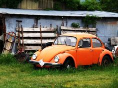 This looks like my first car - '72 VW Super Beetle