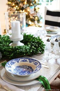 Gorgeous Christmas tablescapes that you can do too!  Great DIYs included thanks to In My Own Style.
