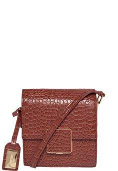 0245b18d8 7 melhores imagens de bolsas | Bolsas, Sapatos e Acessórios de moda