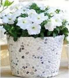 Pebbled Flower Pot - actually links to the instructions, unlike some of the other pins I've tried -_-