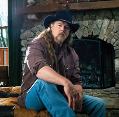 adkins single men Adkins reminds us that the men in our lives often  the single was successful making the #20 spot on  the top 10 best trace adkins songs  by.